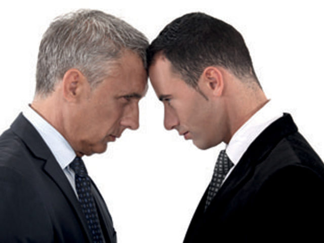 Dirigeants Vs Salariés : Un équilibre possible. Dirigeants d'hier, Leaders de demain …